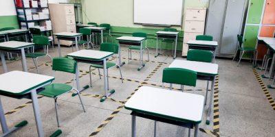 Ferraz dá início ao retorno das aulas presenciais nesta segunda-feira